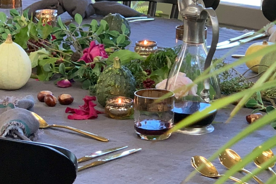 How to creato an autumn table centre